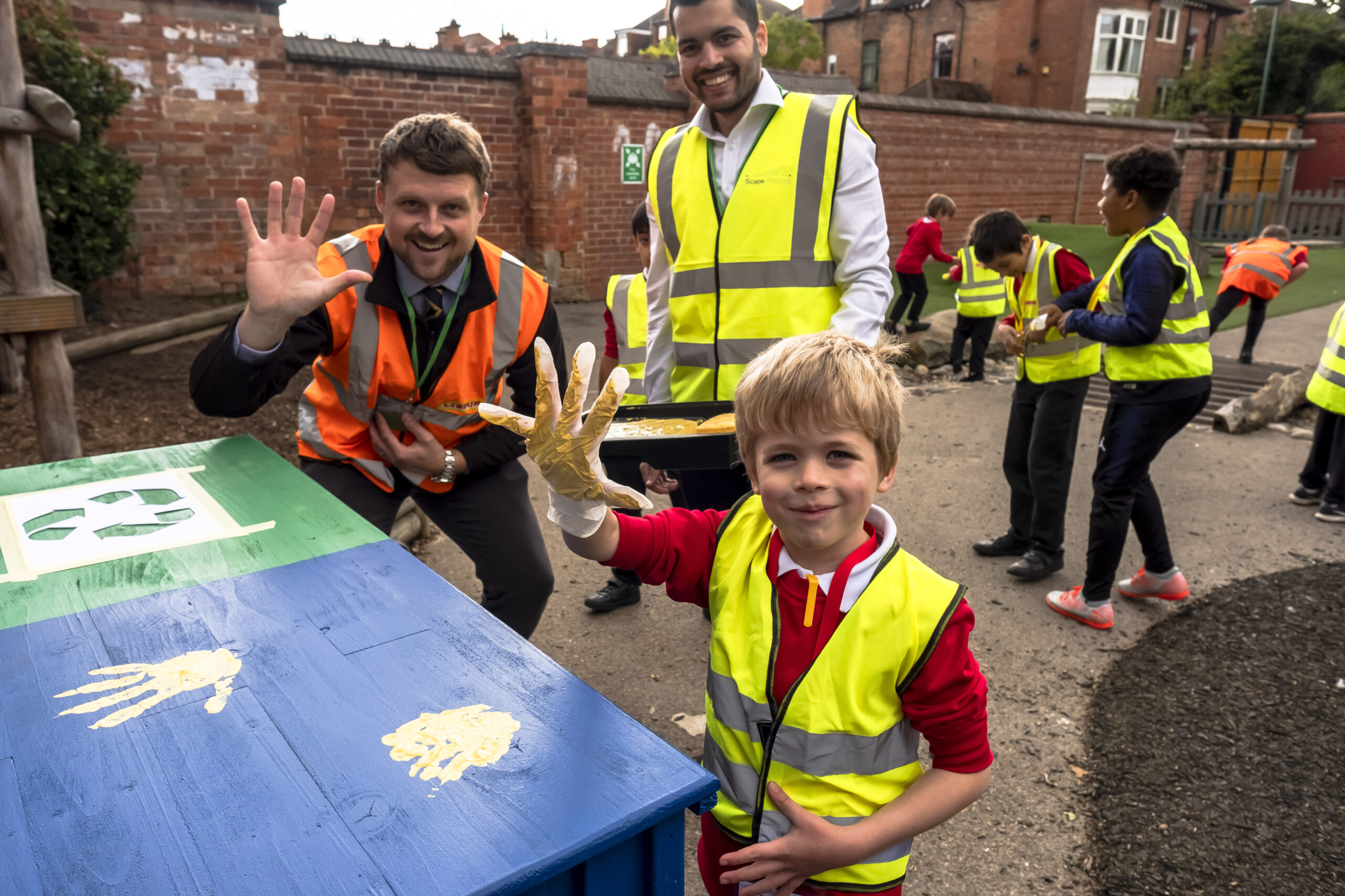 Lindum leads lessons in litter recycling